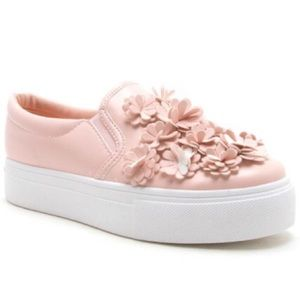 Shoes - Women's floral accent sneakers